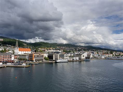 Molde Pictures | Photo Gallery of Molde - High-Quality