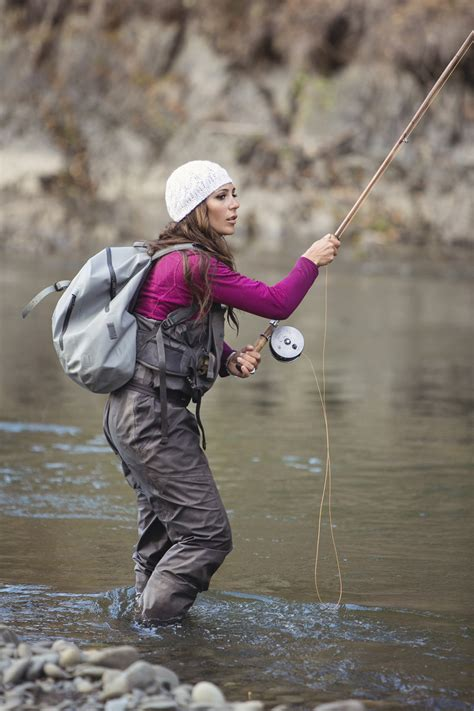 Fly-fishing industry discovers women   The Seattle Times