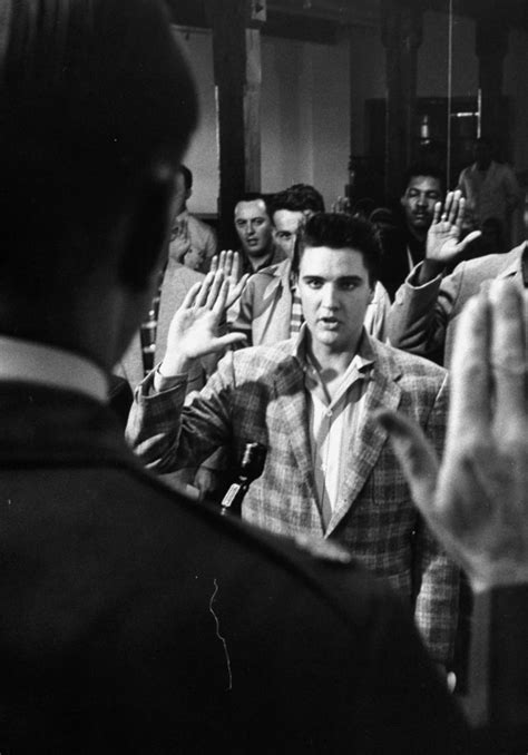 Photos Of Elvis Presley Joining The Army In 1958 | Art-Sheep