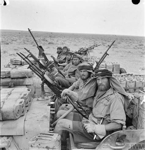 THE SPECIAL AIR SERVICE (SAS) IN NORTH AFRICA DURING THE